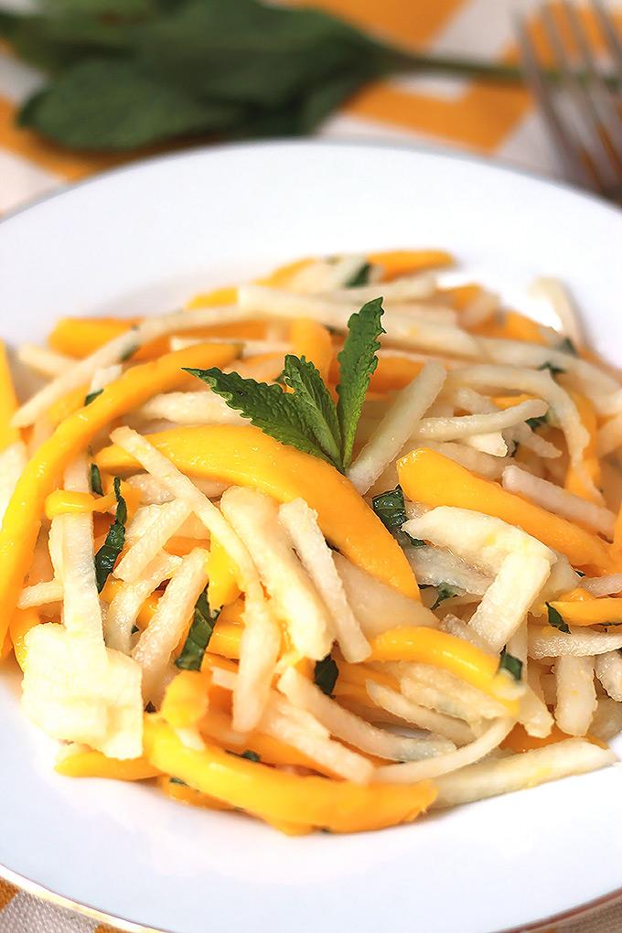 Jicama-Mango-&-Pear-Salad-6