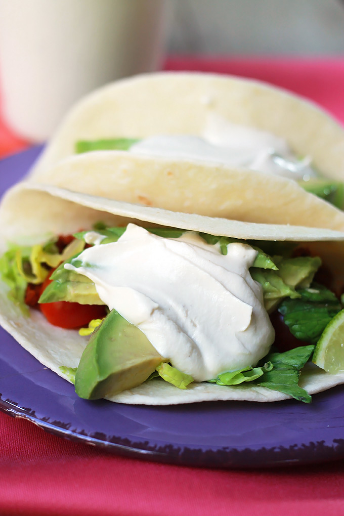 Vegan-Sour-Cream-Tacos