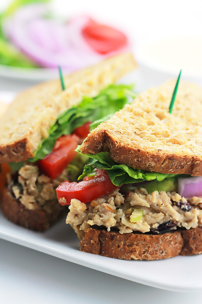 Close-Chickpea-Salad-Sandwich
