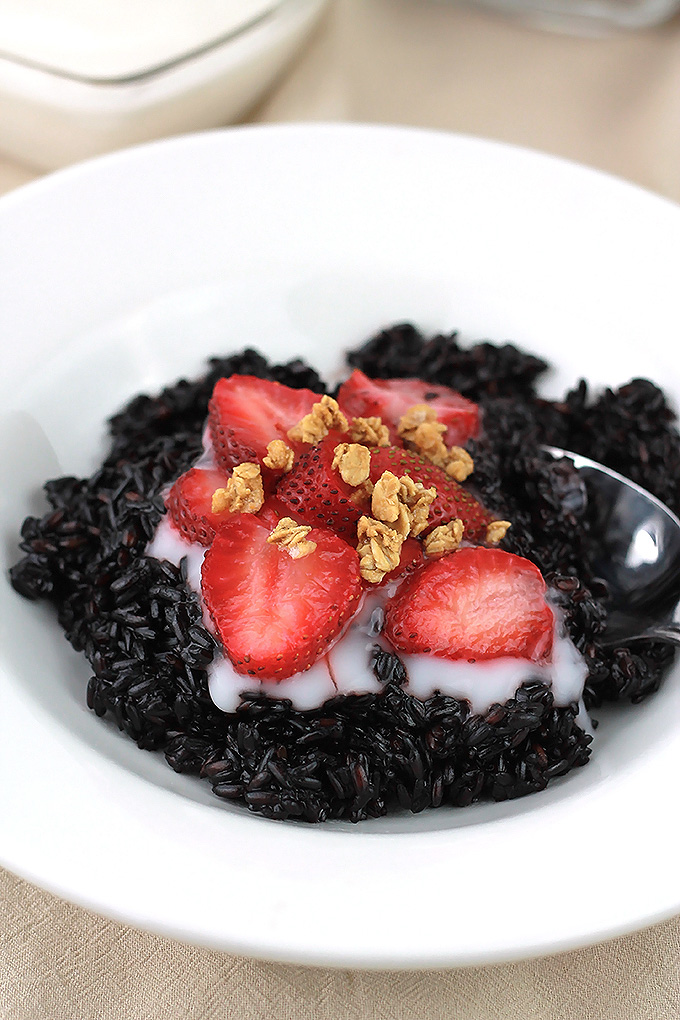 Sweet-Black-Rice-Breakfast-Pudding