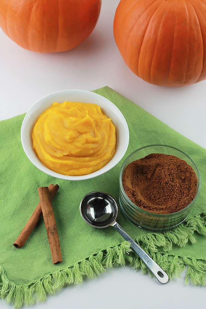 Let the Fall baking begin, save money and make your own Pumpkin Pie Spice and Pumpkin Puree.
