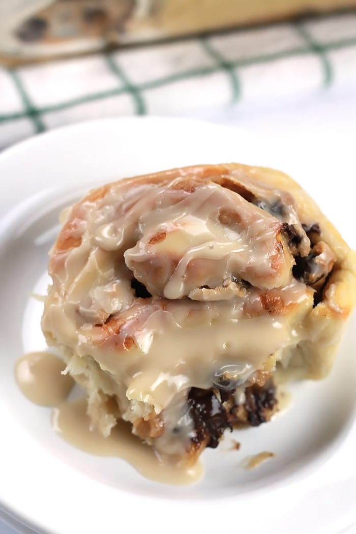 Surprise them with these sweet, moist, decadent Chocolate Cashew Butter filled Cinnamon Buns. They'll thank you later!