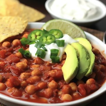 Ready in under 30-minutes, this Chickpea Chili with DIY Chili Seasoning is a deliciously satisfying meal.