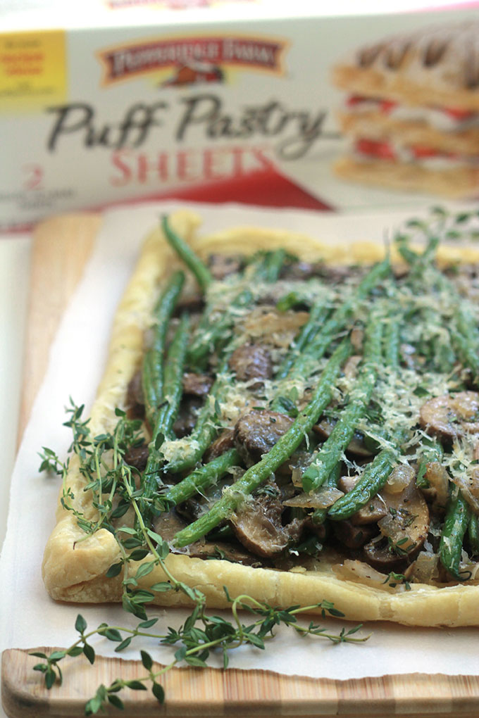 Rustic and savory Easy Mushroom Green Bean Tart. Great dish for a Black Friday brunch, perfect way to use Thanksgiving leftovers.