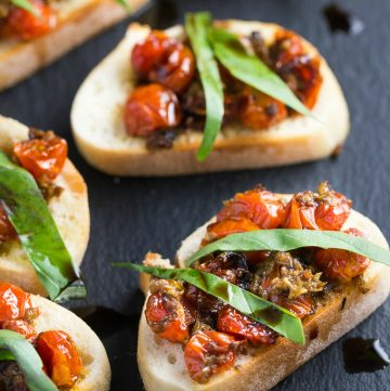 It's time for Pretty Pintastic Party #147 and a Scrumptious Appetizer Recipe! This week my favorite pick is this delicious Roasted Grape Tomato and Basil Crostini, and you can find it over at Simply Stacie.